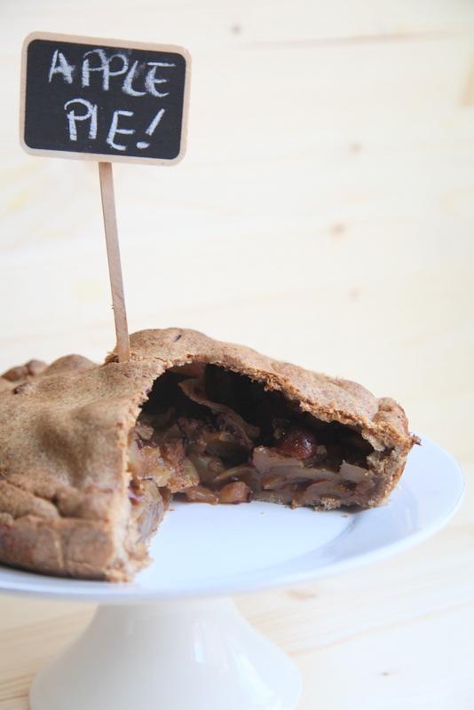 pici-e-castagne-apple-pie-con-le-sorbe-2