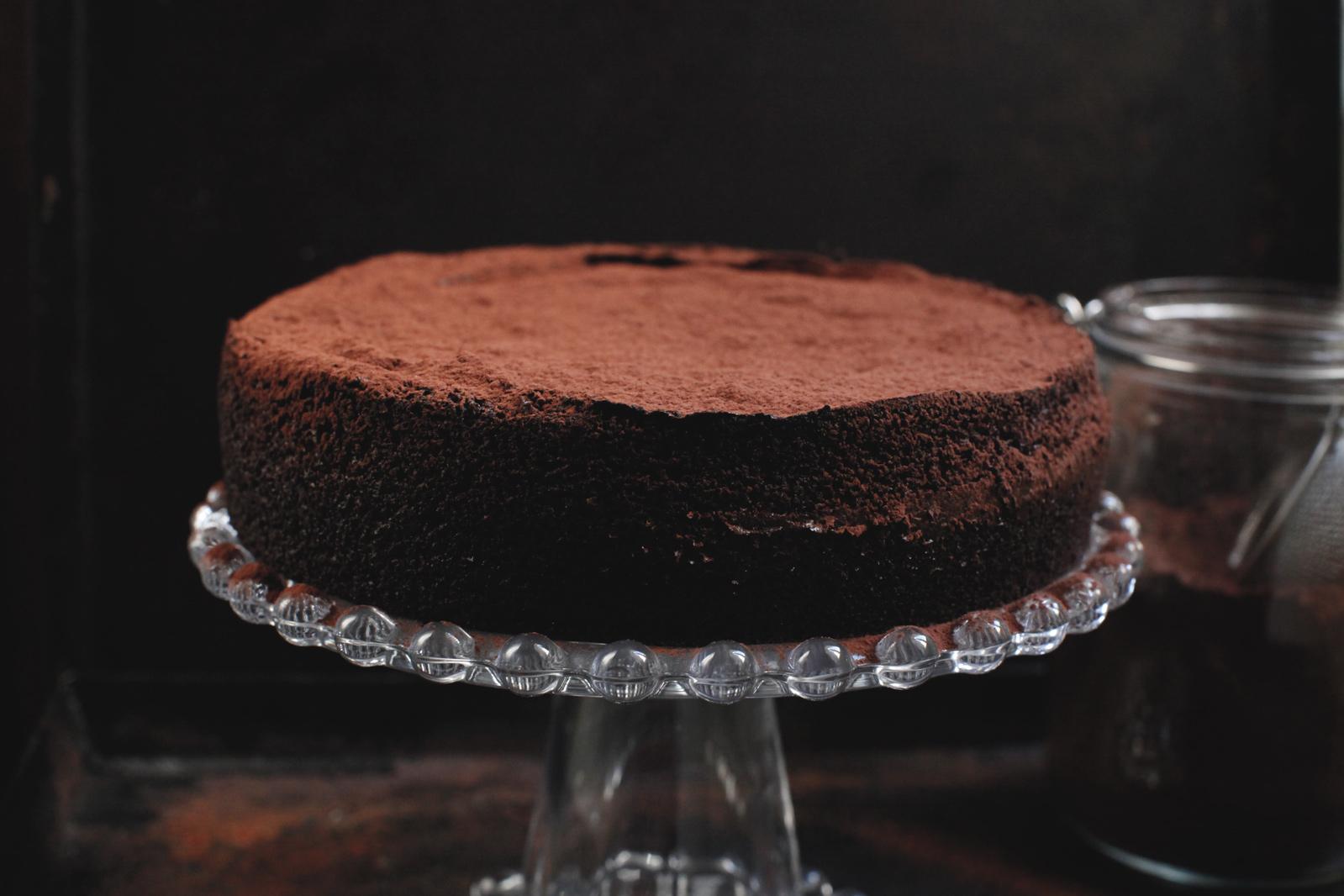 pici-e-castagne-beetroot-cake