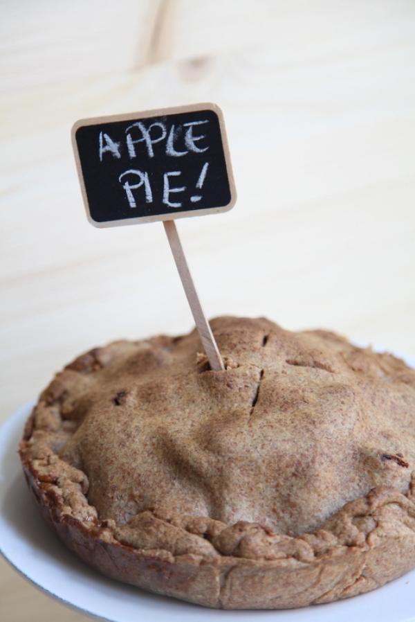 1154  600x pici e castagne apple pie con le sorbe 3   Foto