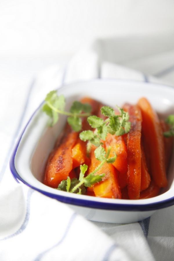 1640  600x pici e castagne carote e gioioli 2   Foto