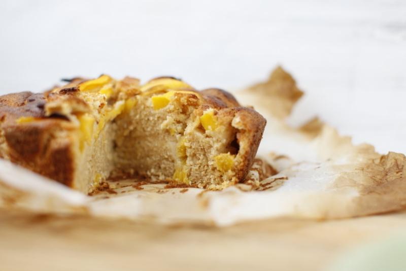 1710  800x pici e castagne torta al mango e cocco 5   Foto