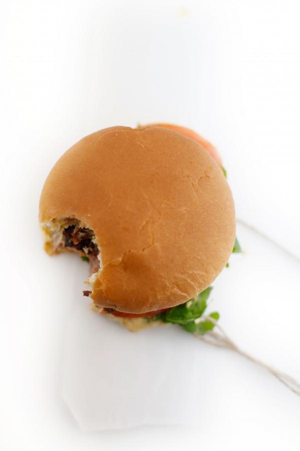 1776  600x pici e castagne hamburger 4   Foto