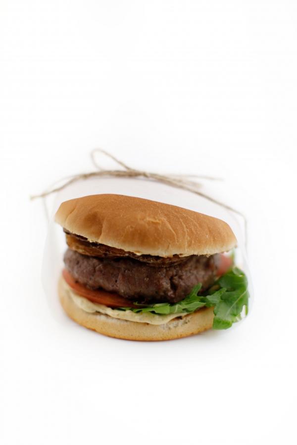 1777  600x pici e castagne hamburger   Foto