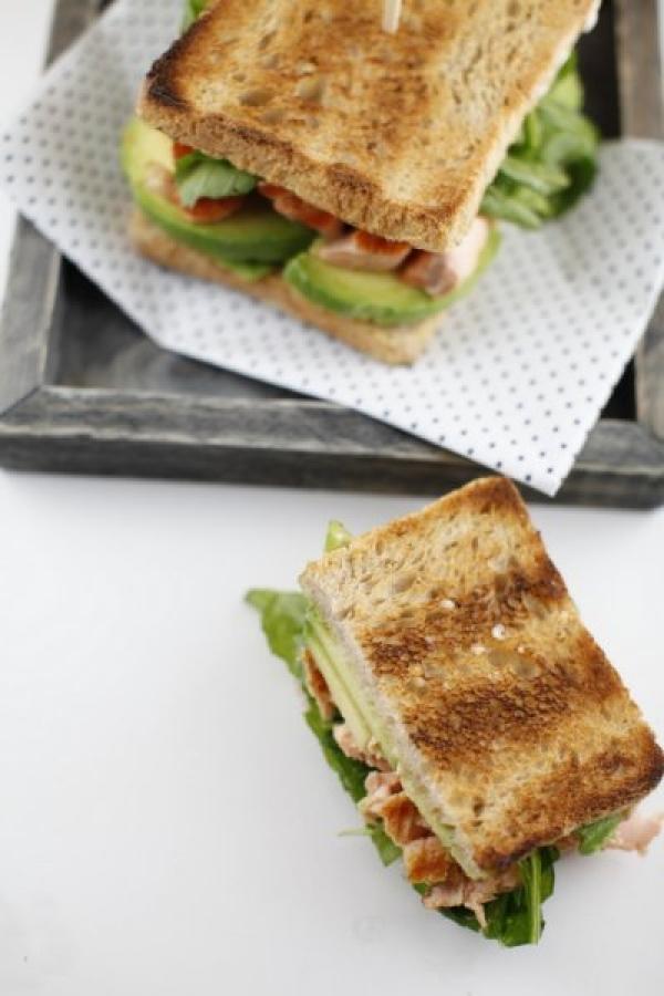 1856  600x pici e castagne toast al salmone 3   Foto