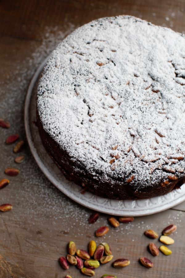 2033  600x pici e castagne pistachio cake 3   Foto