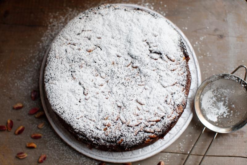 2037  800x pici e castagne pistachio cake   Foto