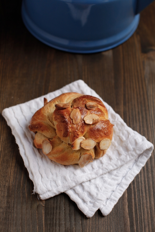 2107  600x pici e castagne almond twists   Foto