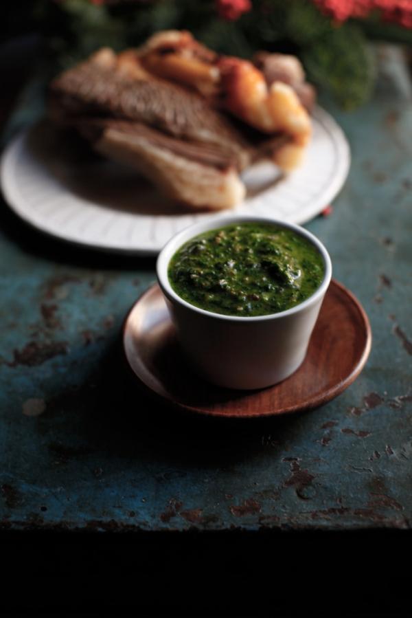 2165  600x pici e castagne salsa verde 3   Foto