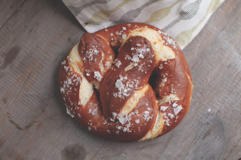 2394  800x pici e castagne pretzel 5   Foto