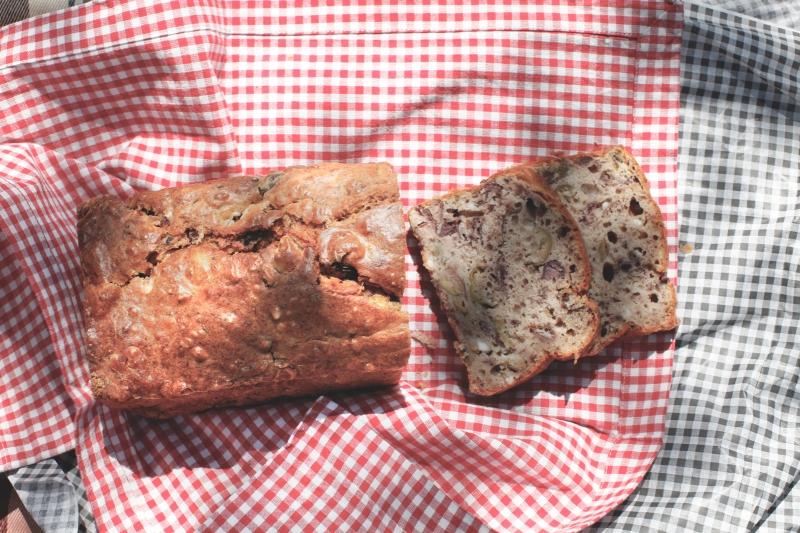 2901  800x pic nic cake olive feta   Foto