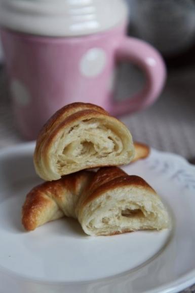 325  385x croissant6   Foto