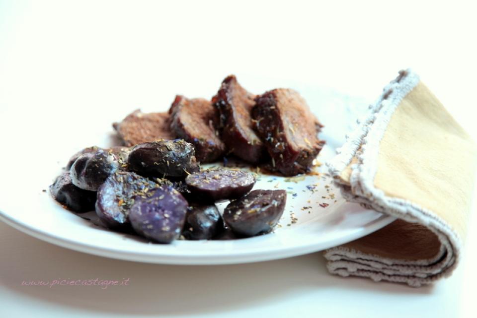 50  960x720 arrosto di maiale al miele con patate violette   Foto