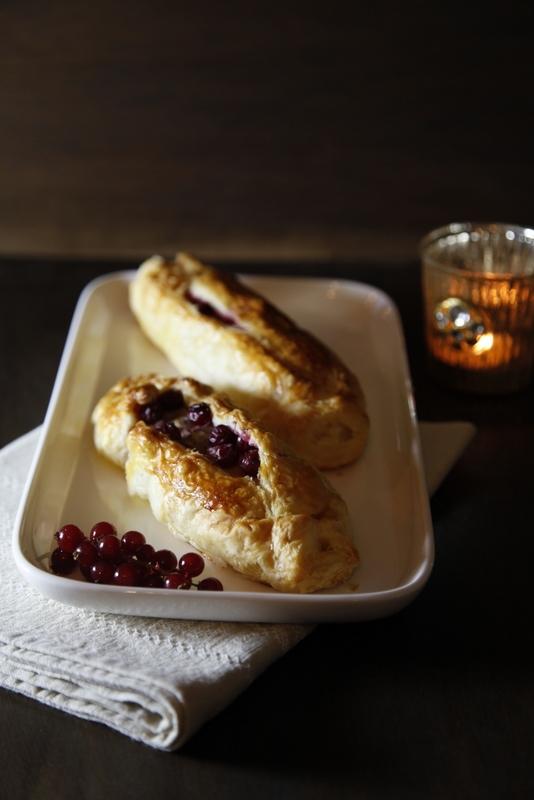 pici-e-castagne-filetto-di-salmone-allo-zenzero-e-ribes