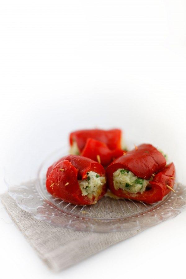 pici-e-castagne-involtini-di-peperoni-e-baccala-3