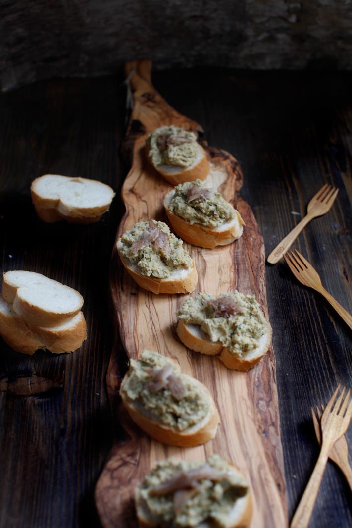 pici-e-castagne-crostini-ceci-2