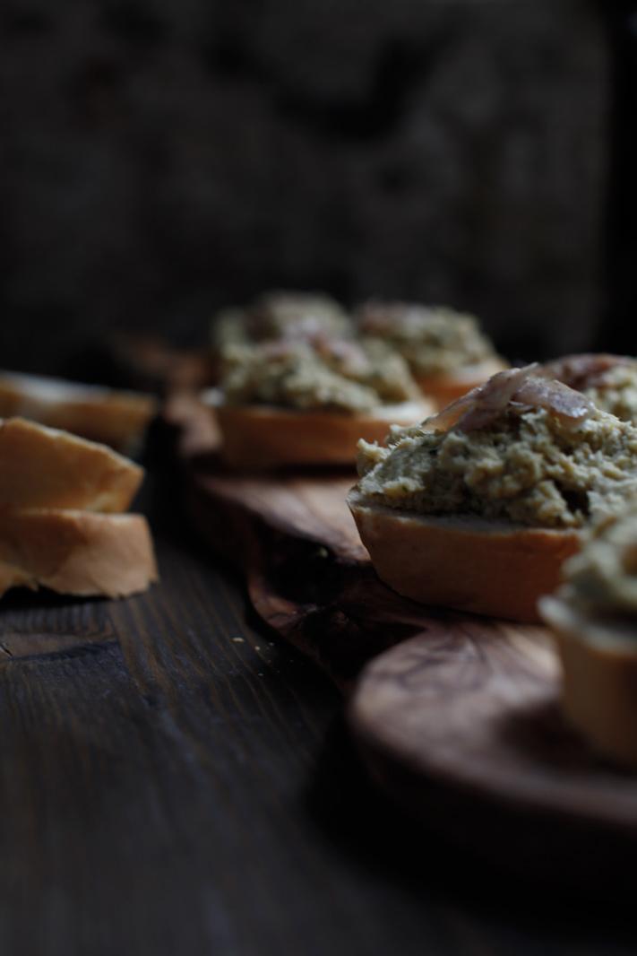pici-e-castagne-crostini-ceci-3
