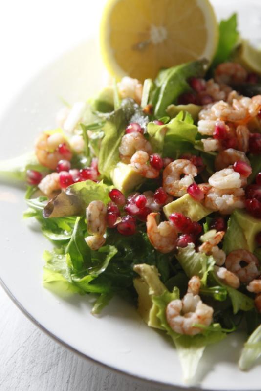 pici-e-castagne-insalata-di-gamberetti-avocado-e-melograno-4