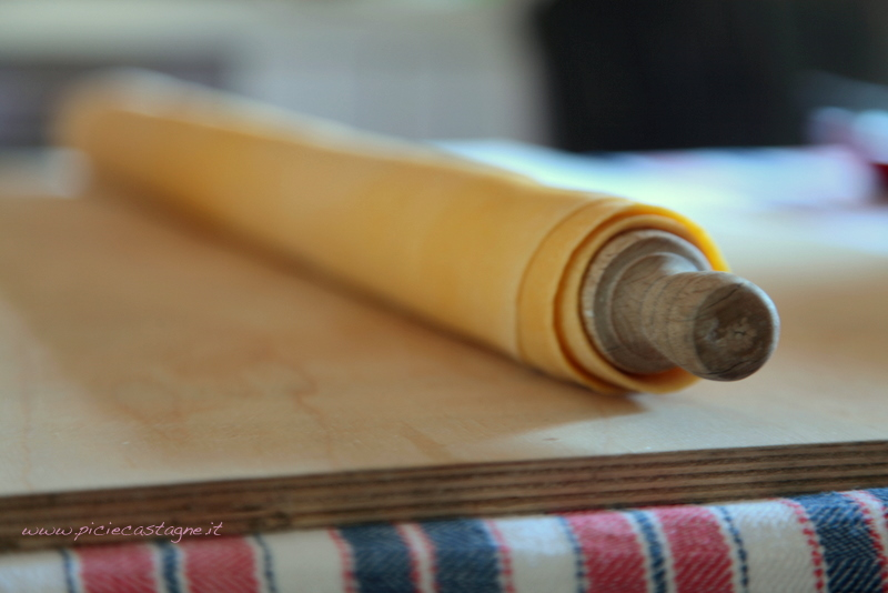 pasta-alla-chitarra-sfoglia-mattarello