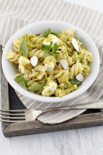 pici-e-castagne-pasta-con-zucchine