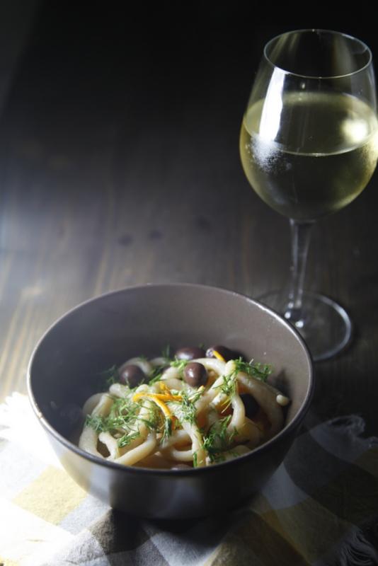 pici-e-castagne-pici-con-olive-finocchietto-e-arancia