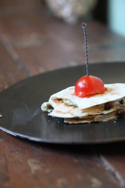 pici-e-castagne-tortillas-di-ceci-neri4-copia