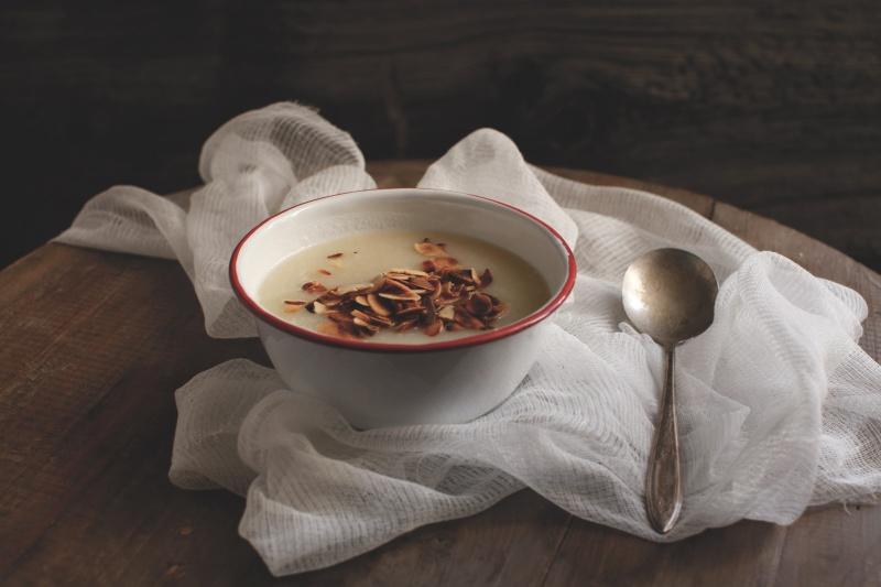 pici-e-castagne-zuppa-di-cavolfiore-e-mandorle-3