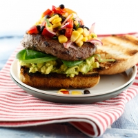 "<span class=""corsivo""> The Perfect Bite </span> : :  CIABATTA CON HAMBURGER E INSALATA DI MAIS"