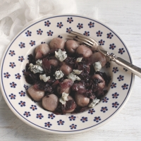 "<span class=""corsivo""> The Perfect Bite </span> : : GNOCCHI DI CASTAGNE CON RADICCHIO E GORGONZOLA"