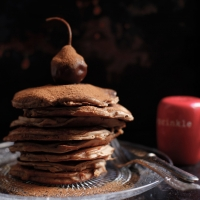 "<span class=""corsivo""> The Perfect Bite </span> : :  PANCAKES CON FARINA DI CASTAGNE E PERA PICCIOLA"