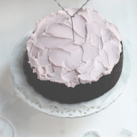 "<span class=""corsivo""> The Perfect Bite </span> : :  TORTA AL CACAO CON CREMA ALLA CILIEGIA"